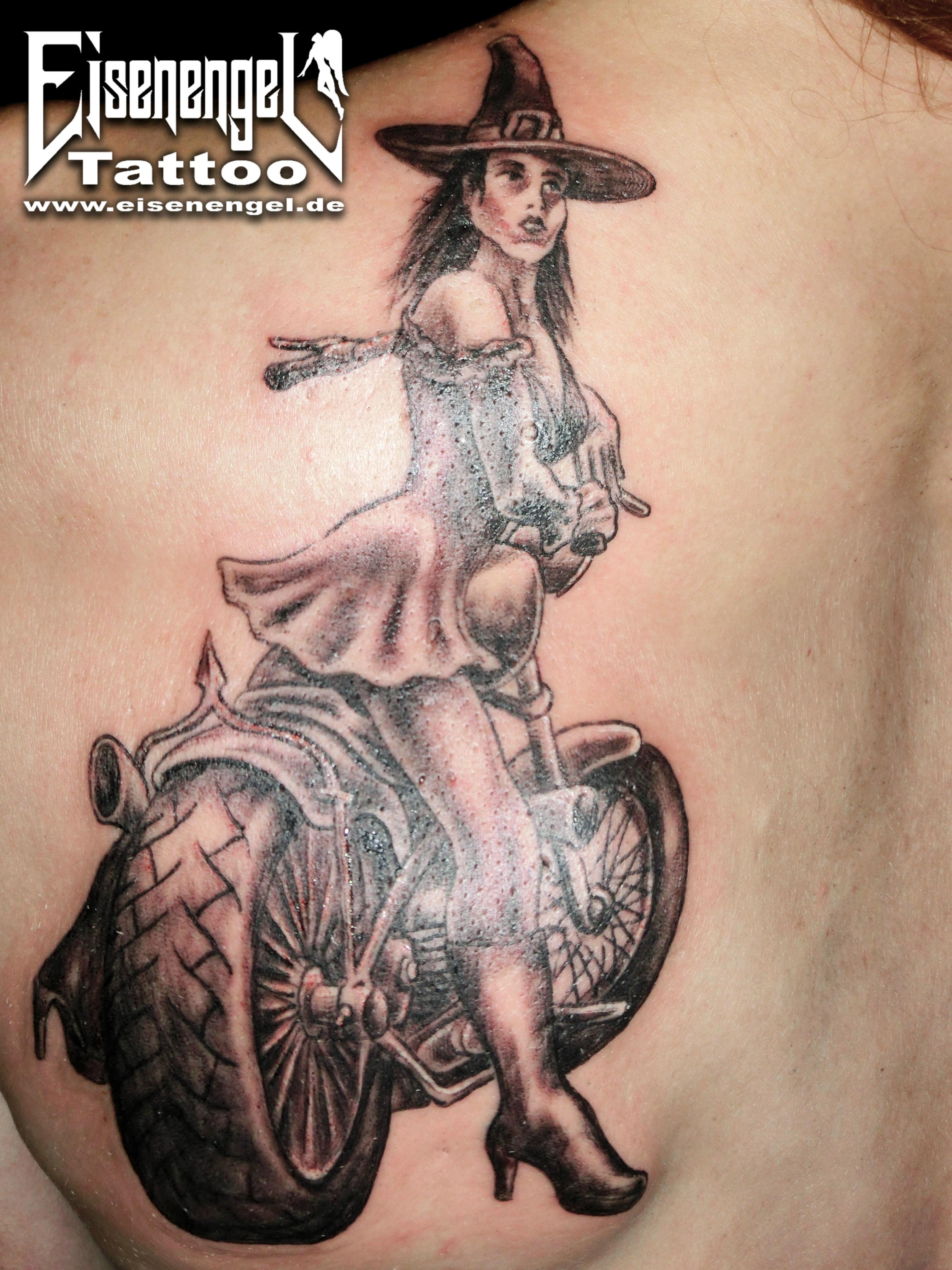 tattoo_biker_hexe.jpg