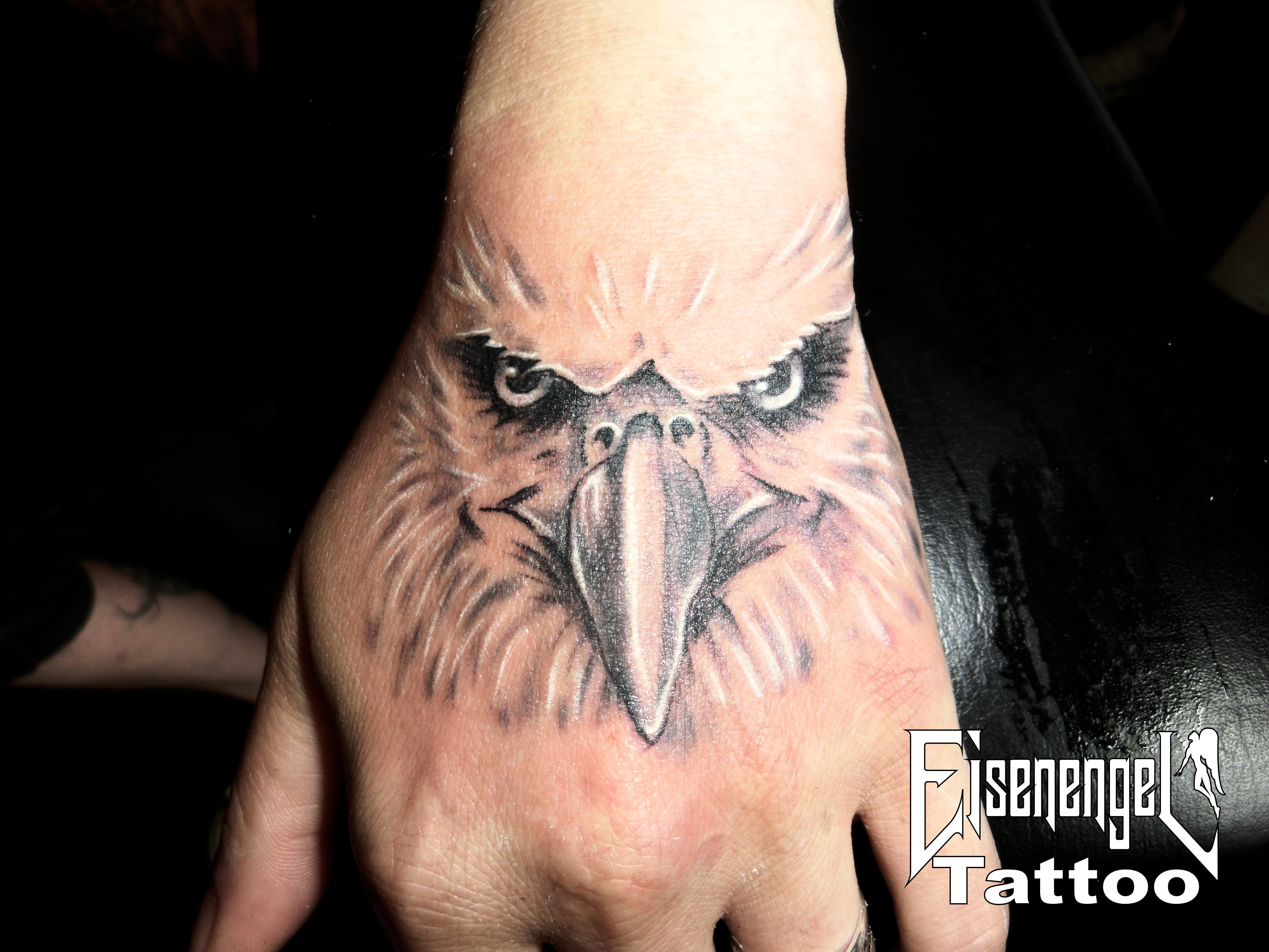 tattoo_adler_kopf.JPG